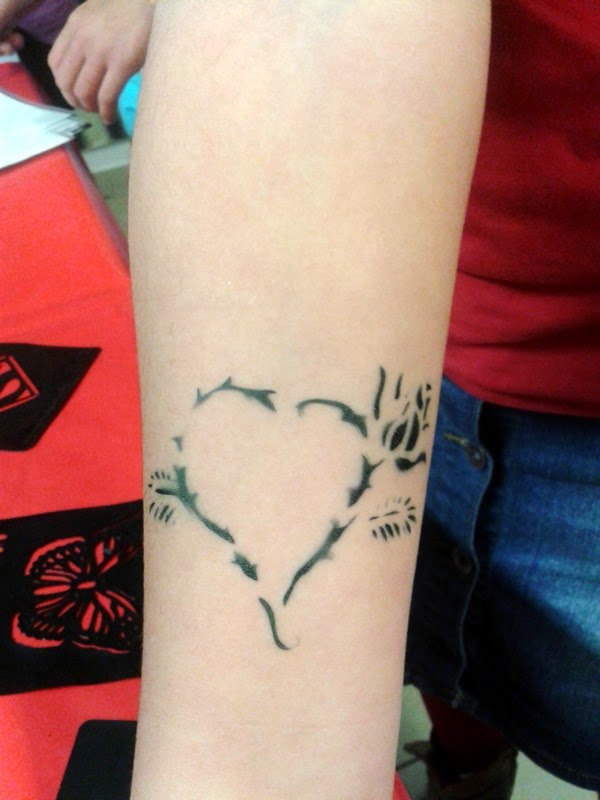 Airbrush Tattoo Herz